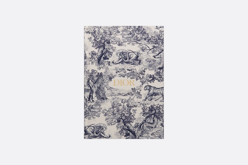 Toile de Jouy notebook aria_frontView
