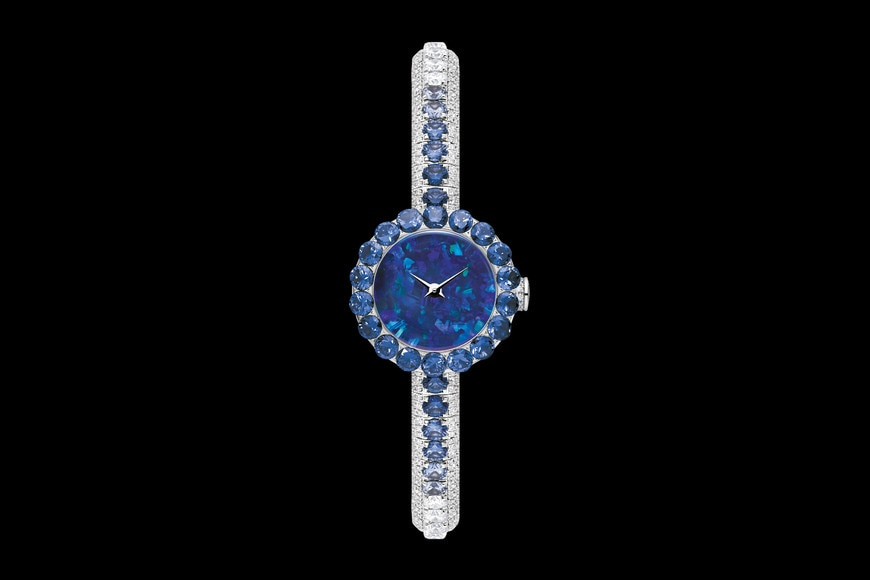 La D de Dior précieuse opal and sapphires ø 21 mm, quartz movement aria_frontView