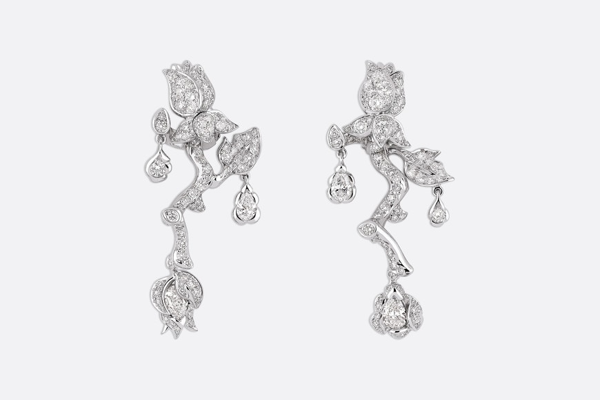 Rose Dior Bagatelle earrings, large model, in 18k white gold and diamonds aria_frontView