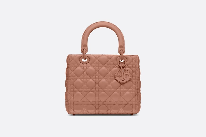 Lady Dior ultra-matte medium bag aria_frontView