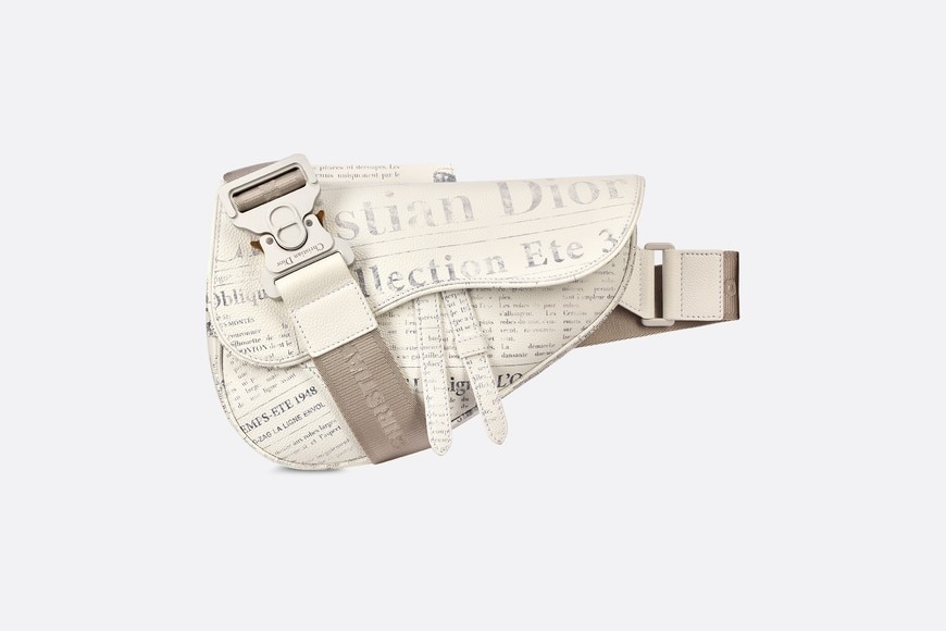Borsa Saddle DIOR AND DANIEL ARSHAM in pelle di vitello bianca con stampa Newspaper aria_frontView