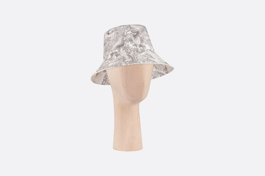 Dioriviera Toile de Jouy Large-Brim Bucket Hat three quarter closed view Open gallery