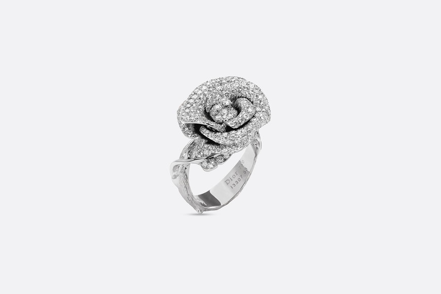 Rose Dior Bagatelle ring, medium model, in 18k white gold and diamonds three quarter opened view