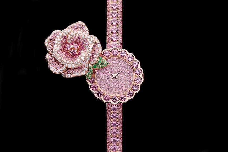La D de Dior Précieuse à Secret Rose Top shot view Open gallery
