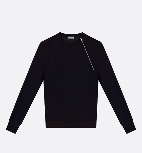 Crewneck sweater, zip at the shoulder, black wool front view
