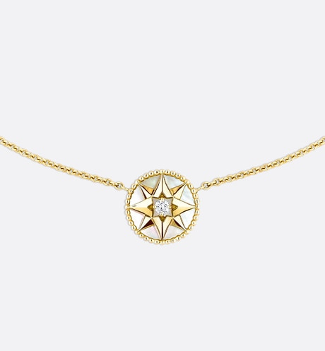 Collier Rose des vents, or jaune 750/1000e, diamant et nacre Vue de face