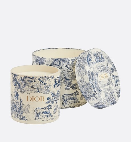 Toile de Jouy candle aria_frontView