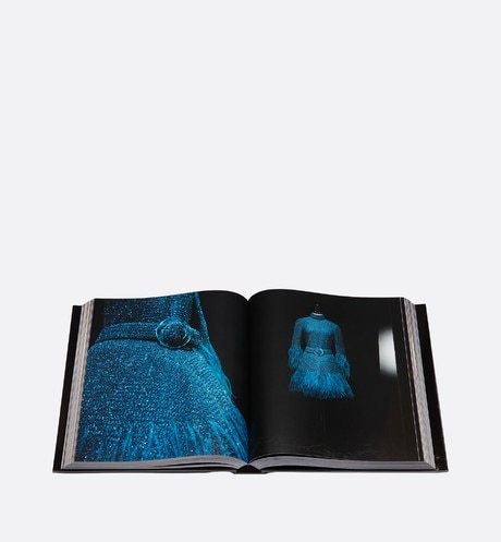 Book: Dior - Marc Bohan Detailed view Open gallery