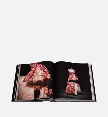 Book: Dior - Gianfranco Ferré Detailed view Open gallery