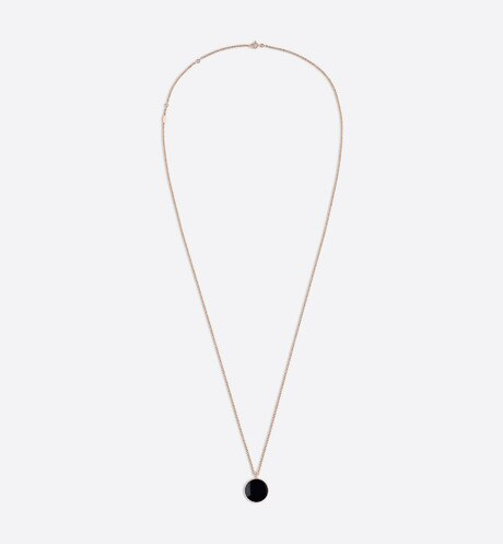 Rose des vents medallion necklace, 18k pink gold, diamond and onyx aria_profileView