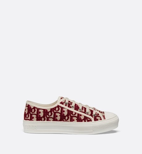 Walk'n'Dior Sneaker in Oblique embroidered canvas Burgundy profile view