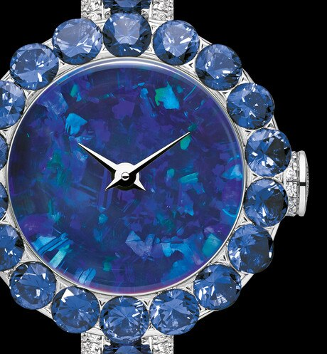 La D de Dior précieuse opal and sapphires ø 21 mm, quartz movement aria_threeQuarterClosedView