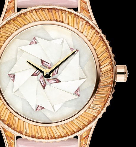 Dior Grand Soir N°30 ø 33 mm, movimiento automático aria_threeQuarterClosedView