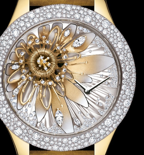 DIOR GRAND SOIR ROYAL BOTANIC N°2 Ø 36mm, quartz movement aria_threeQuarterClosedView
