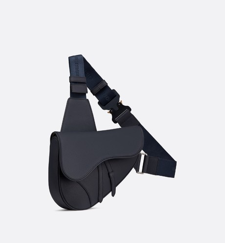 Saddle bag in navy blue calfskin aria_threeQuarterClosedView
