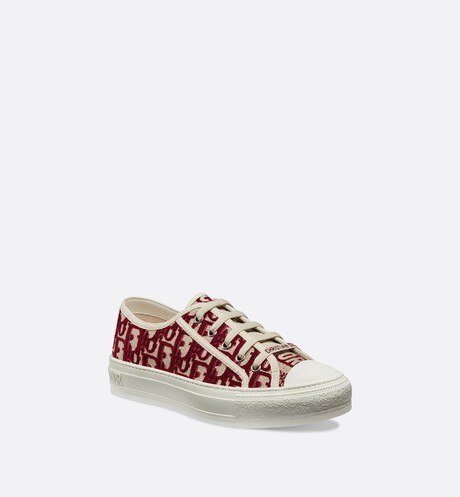 Walk'n'Dior Sneaker in Oblique embroidered canvas aria_threeQuarterClosedView