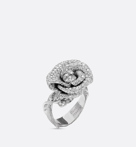 Rose Dior Bagatelle ring, medium model, in 18k white gold and diamonds aria_threeQuarterOpenedView