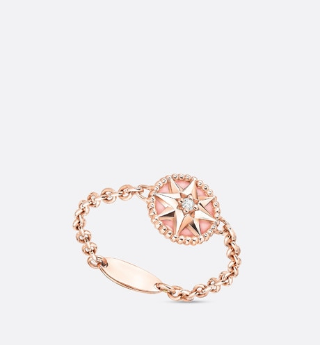 Rose des vents XS ring, 18K pink gold, diamond and pink opal aria_threeQuarterOpenedView