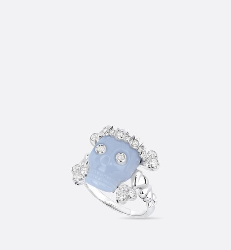 Tete de Mort Skull ring in 18K white gold, diamonds and blue chalcedony aria_threeQuarterOpenedView