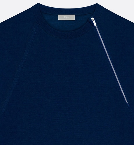 Round neck sweater, zip at the shoulder, blue wool detailed view
