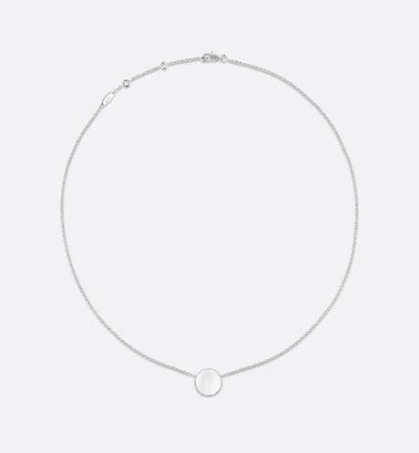 Rose des vents necklace, 18k white gold, diamond and mother-of-pearl detailed view