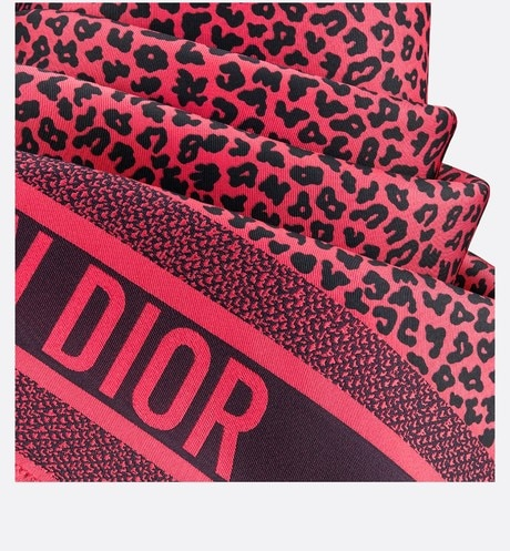 Diortwin Pop Mizza Square Scarf Detailed view Open gallery