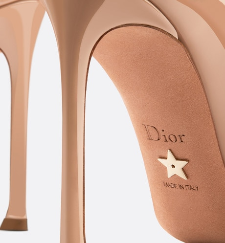 D-Moi patent calfskin high-heeled shoe detailed view
